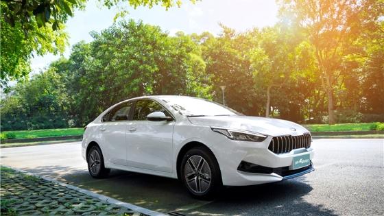 全新一代K3插电混动广州上市 补贴后售价16.68万元起