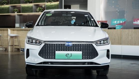 比亞迪e3到店實拍:新一代智跑電動車